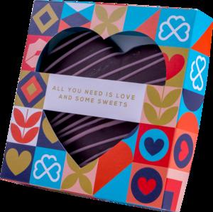 Marcipāna sirds tumšajā šokolādē kastītē